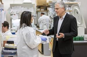 Louis Picker, M.D., of the OSHU Vaccine and Gene Therapy Institute. (OHSU/Boone Speed Photography)