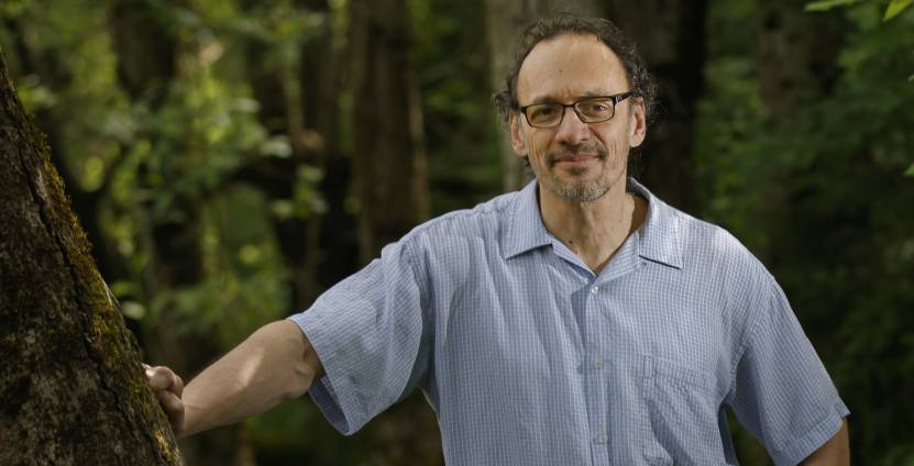 Claudio Mello, Ph.D., a professor of behavioral neuroscience